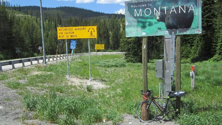 black 2010 Litespeed Archon C2, Welcome to Montana sign