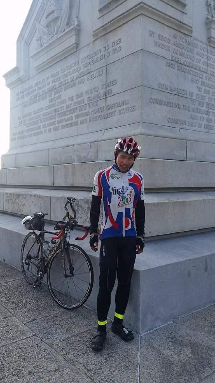 Felix Wong, 2015 Trans Am Bike Race finish, Shermer's Neck, Yorktown Victory Monument