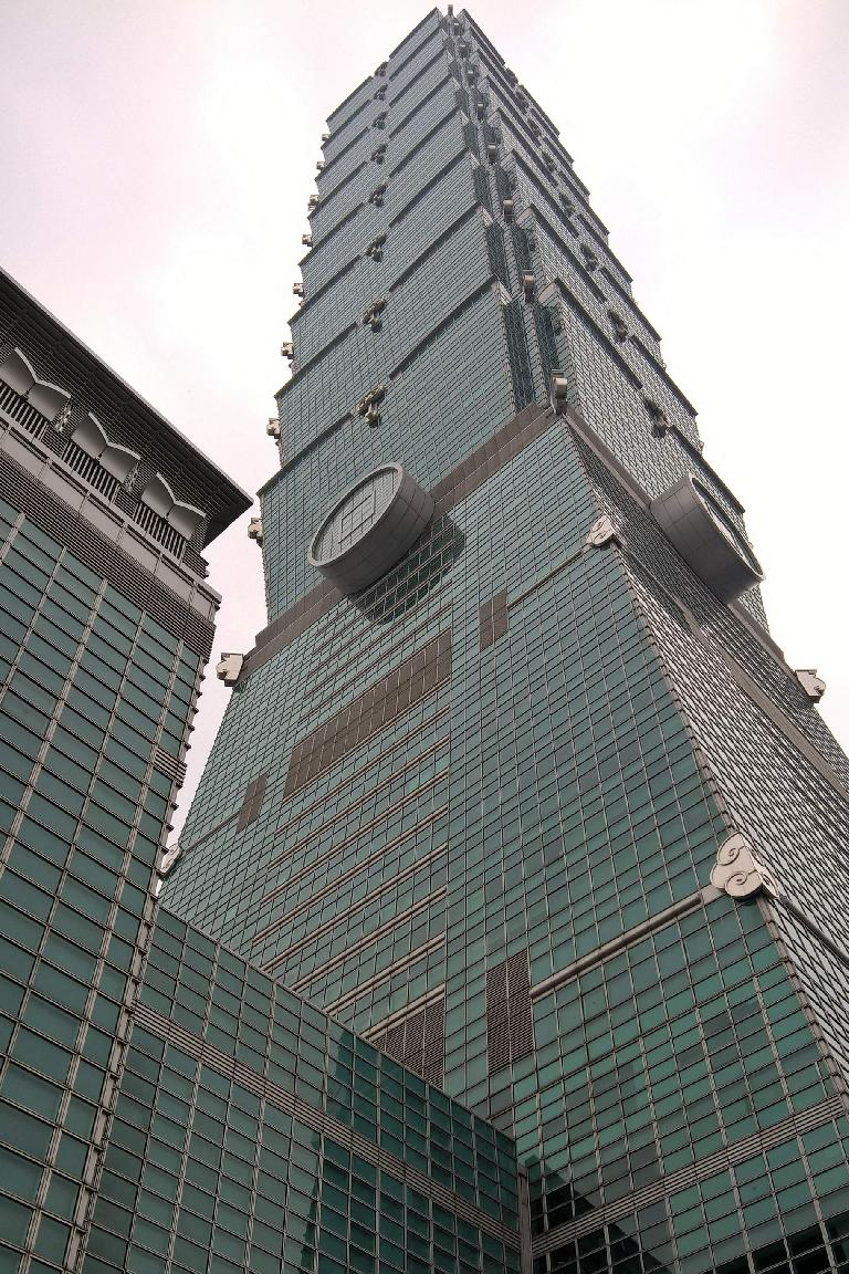 The Taipei 101 was the world's tallest building from 2004-2009.