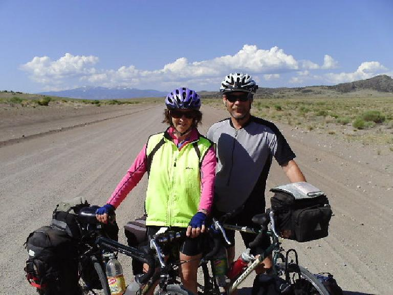 Day 20: I encountered David and Julie, two cyclists from Minnesota on hybrid bicycles who had just ridden the Bicycle Tour of Colorado and was biking up to Denver by way of the Rocky Mountain National Park.