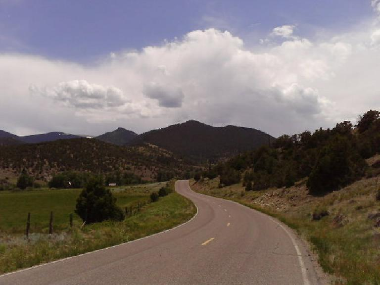[Day 18, Mile ~1875] Going by the Rio Grande National Forest in southern Colorado, towards Carnero Pass. (June 30, 2008)