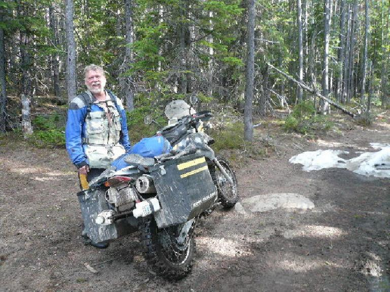 [Day 7] On Lava Mountain, even two motorcyclists on BMW dual sport bikes made no more forward progress than I did in 3 hours. (June 19, 2008)