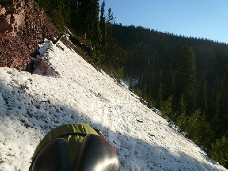 [Day 5] Death trap -- traversing a crazy, highly exposed section of snow piled up at a 45 degree angle without an ice axe for at least half a mile. (June 17, 2008)