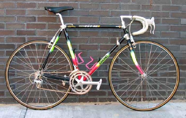 One of Greg LeMond's winning bikes of the 1990 Tour de France. Photo: BikeCult.com. (April 28, 2014)