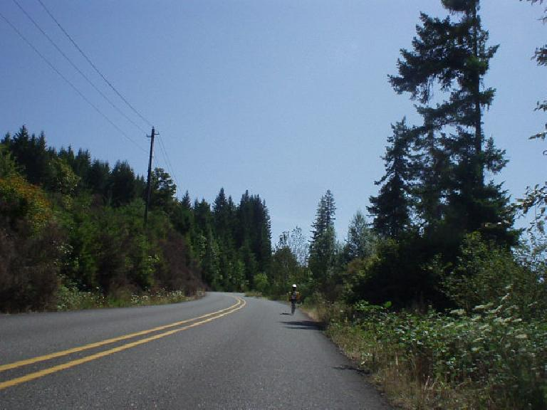 """[Mile 67, 12:05 p.m.] This rider on a Challenger (?) recumbent was very strong, dropping lots of """"upright"""" bicycle riders in his wake.  I reeled him in, but he quickly passed me up on the downhill."""