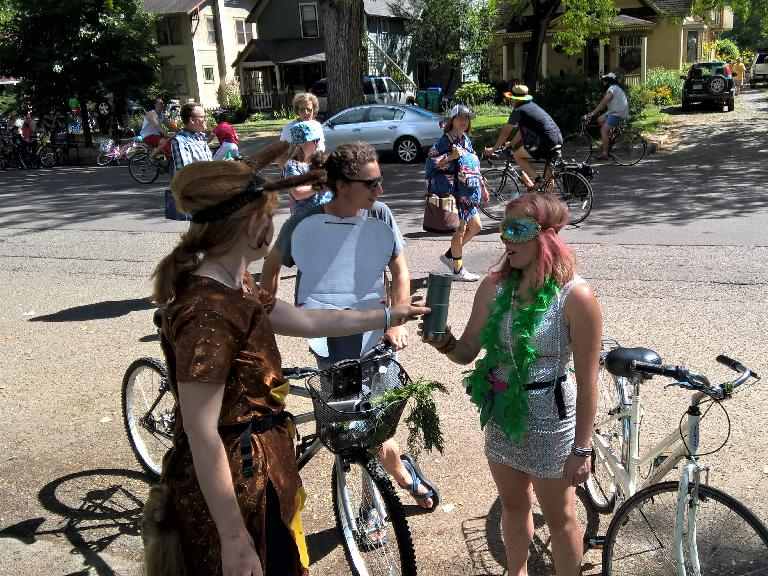 I encountered Amy, Brian and Allie during the 2016 Tour de Fat.