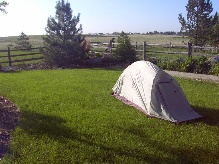 Camping in my backyard to test out the Big Agnes Seedhouse 1-person tent.  It's reasonably lightweight (3.5 lbs.), free-standing, and surprisingly roomy inside.  Reminded me a lot of my Sierra Designs Clip Flashlight CD.