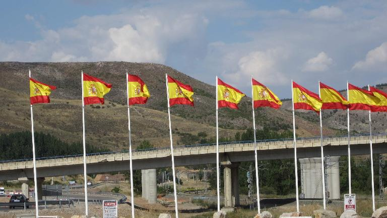Spanish flags during a coffee break on the way back to Madrid. (August 30, 2013)