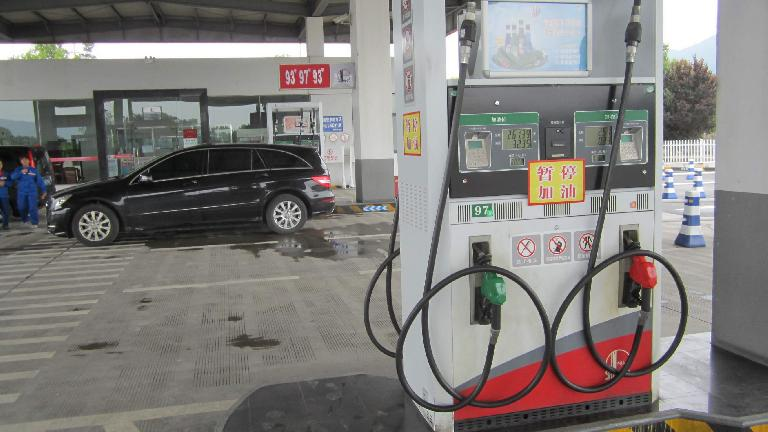 Gas stations in China aren't too much different from the U.S., although I think this gas pump lacked a card reader. (May 22, 2014)