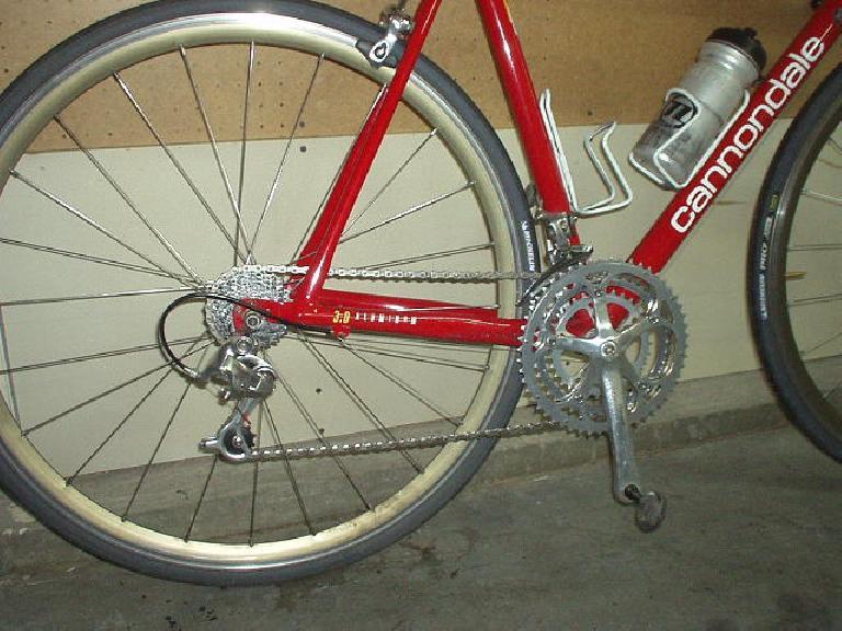 waxed_bicycle_chain.jpg