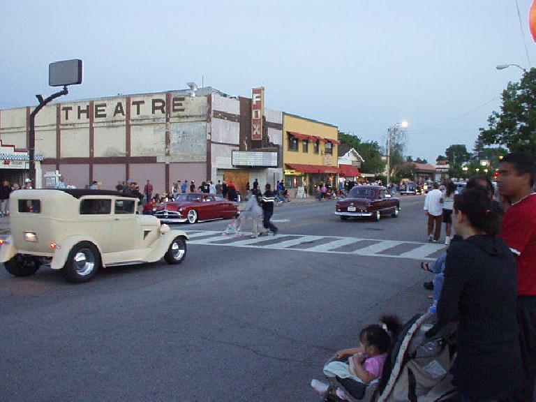 The cars looked so appropriate next to the old Fox Theatre!