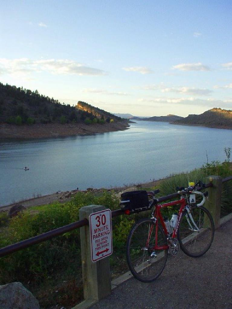 [Mile 172, 6:22pm] Back at the south end of the Horsetooth Reservoir again.