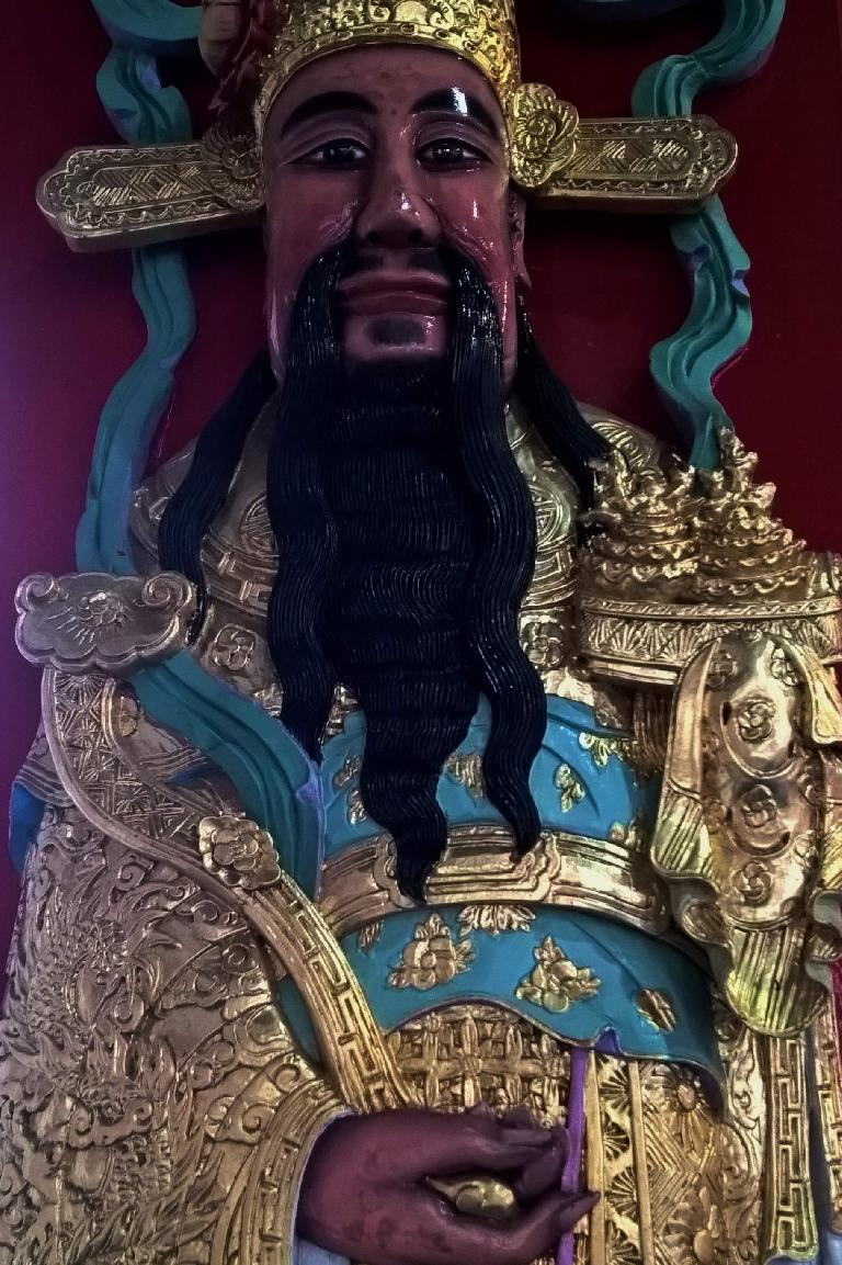 A carving of what I think is a king or a god at the Wen Wu Temple in Yuchi Township, Taiwan.