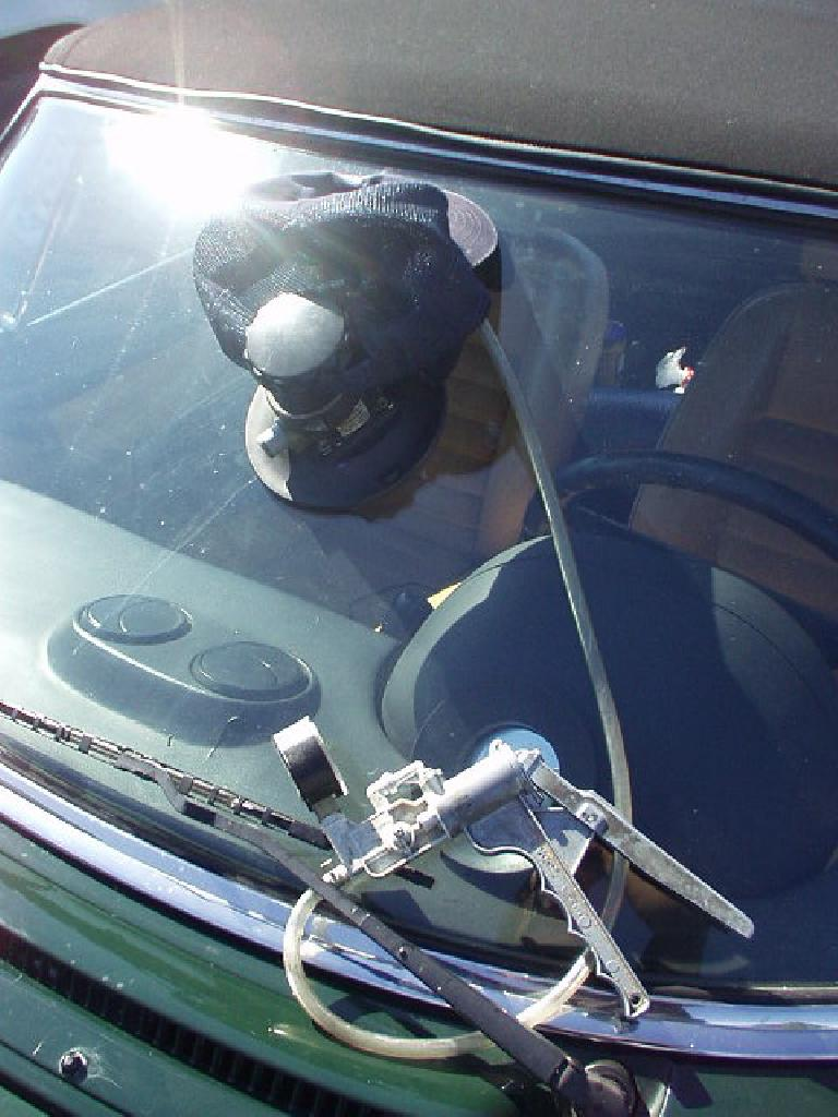 windshield0805c.jpg