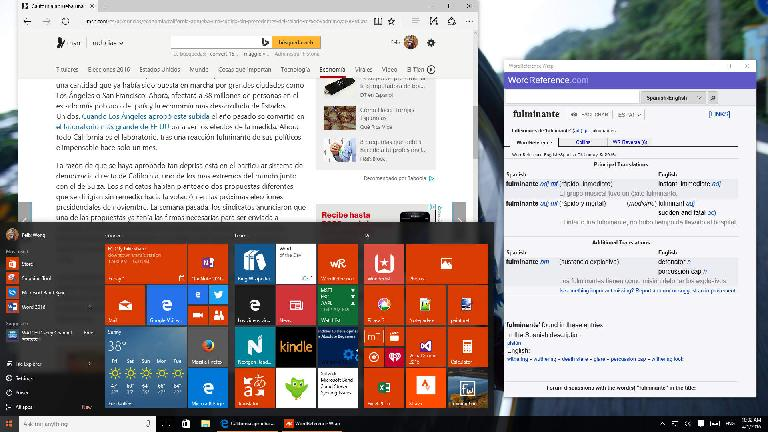 Using WordReference Wrap on a PC (start screen tile and app window shown).